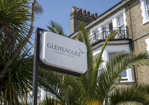 Gleneagles Hotel / Guesthouse