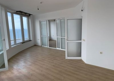 Large 1 Bedroom Apartment With Stunning Views, Varna 4